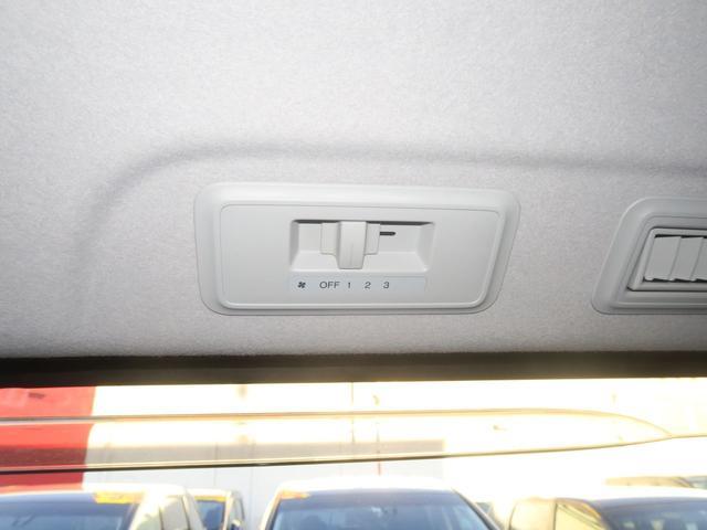 Z後期 クールスピリット 地デジ9in画面ナビ リアモニター 両側電動ドア スマートキー Hレザー 革巻ハンドル HID 17AW ミュージックサーバー DVD USB Bカメラ ETC i-STOP クルコン 横滑り防止 AC100V 関東1オーナー 禁煙車(56枚目)