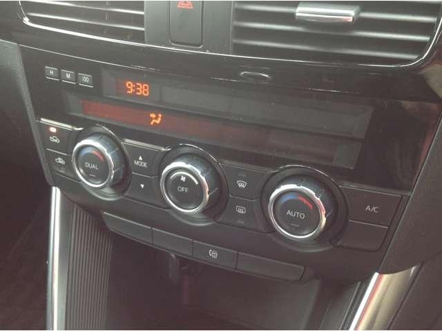 オートエアコン装備しております!!!助手席の方に温度も変えられるので車内を快適に過ごせますね!!!