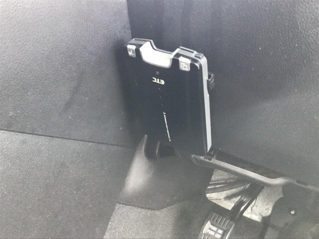 2.3 4WD /HDDナビ/HID/カードキー/(16枚目)