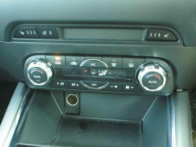 これは便利。シートヒーター&ステアリングヒーター装着済み車