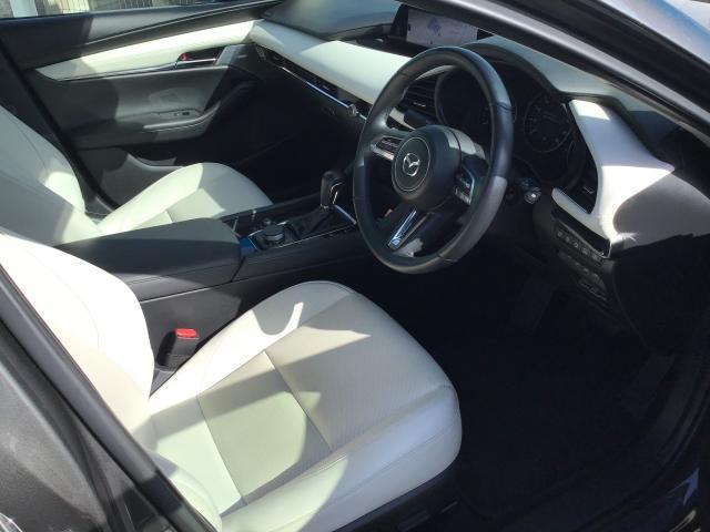 XD LPKG AWD XD LPKG AWD 衝突軽減ブレーキ/白線逸脱警報システム/先行者追従機能/シートヒーター/ステアリングヒーター/障害物検知センサー/360°ビューモニター/BOSEサウンド/ETC車載器(7枚目)