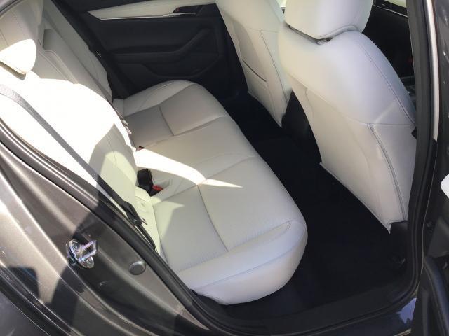 XD LPKG AWD XD LPKG AWD 衝突軽減ブレーキ/白線逸脱警報システム/先行者追従機能/シートヒーター/ステアリングヒーター/障害物検知センサー/360°ビューモニター/BOSEサウンド/ETC車載器(8枚目)