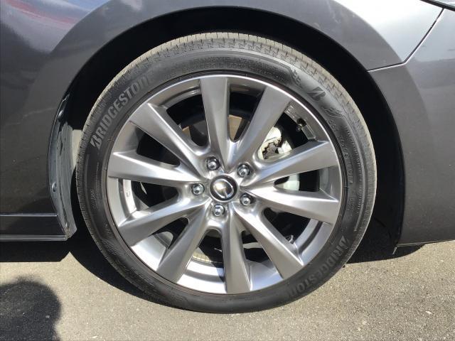 XD LPKG AWD XD LPKG AWD 衝突軽減ブレーキ/白線逸脱警報システム/先行者追従機能/シートヒーター/ステアリングヒーター/障害物検知センサー/360°ビューモニター/BOSEサウンド/ETC車載器(20枚目)