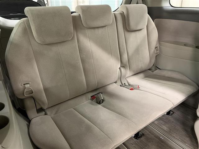 G 4WD フルセグ HDDナビ DVD再生 後席モニター バックカメラ ETC 両側電動スライド HIDヘッドライト 乗車定員7人 3列シート(8枚目)