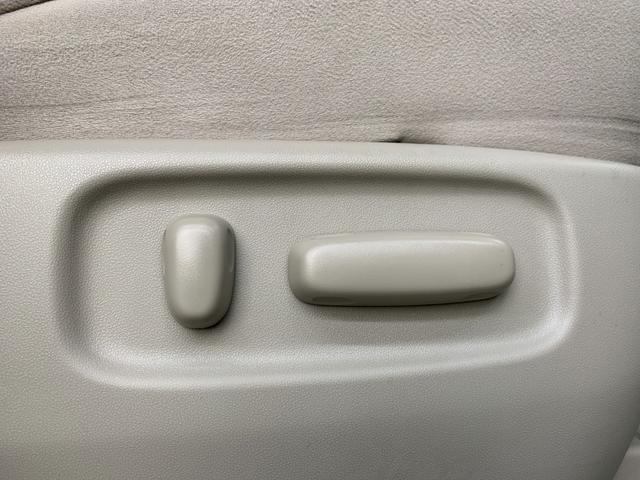G 4WD フルセグ HDDナビ DVD再生 後席モニター バックカメラ ETC 両側電動スライド HIDヘッドライト 乗車定員7人 3列シート(26枚目)