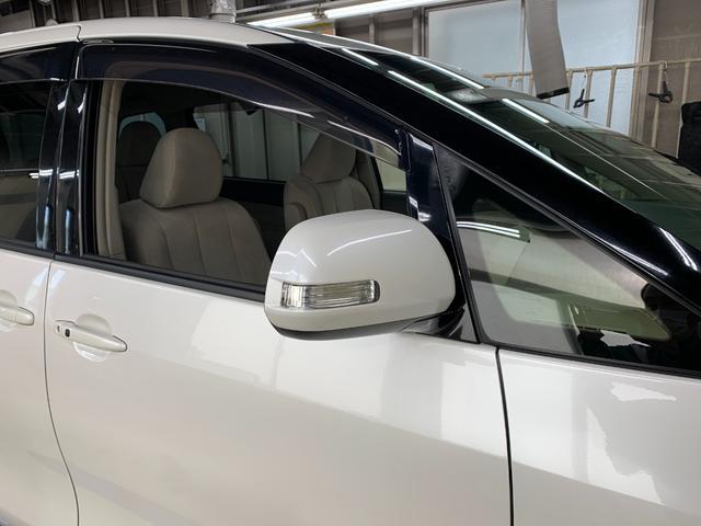 G 4WD フルセグ HDDナビ DVD再生 後席モニター バックカメラ ETC 両側電動スライド HIDヘッドライト 乗車定員7人 3列シート(29枚目)