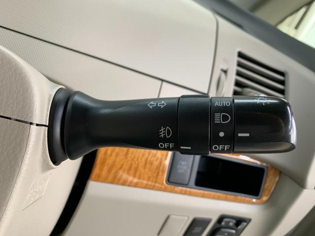 G 4WD フルセグ HDDナビ DVD再生 後席モニター バックカメラ ETC 両側電動スライド HIDヘッドライト 乗車定員7人 3列シート(37枚目)