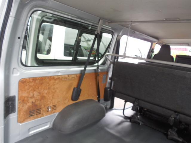 ロングDX 4D3.0ディーゼルターボ4WD寒冷地仕様3列シート9人乗りリアヒーター(9枚目)