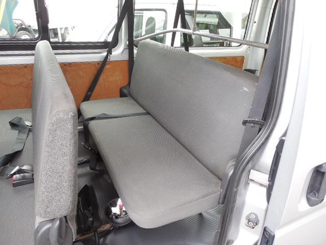 ロングDX 4D3.0ディーゼルターボ4WD寒冷地仕様3列シート9人乗りリアヒーター(10枚目)