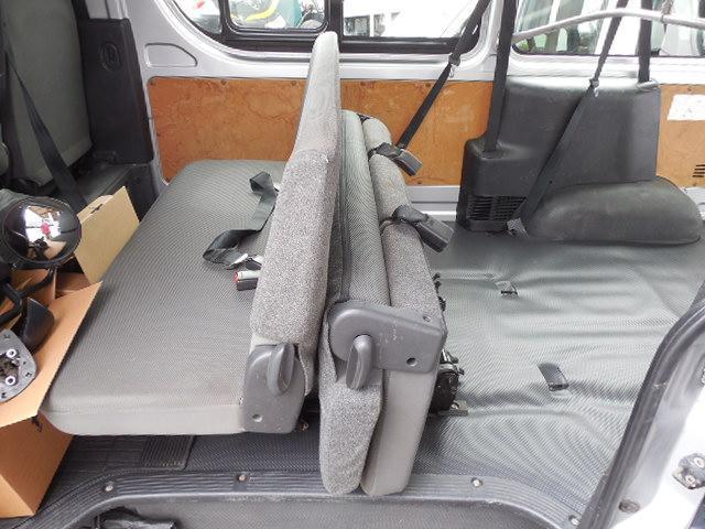ロングDX 4D3.0ディーゼルターボ4WD寒冷地仕様3列シート9人乗りリアヒーター(13枚目)