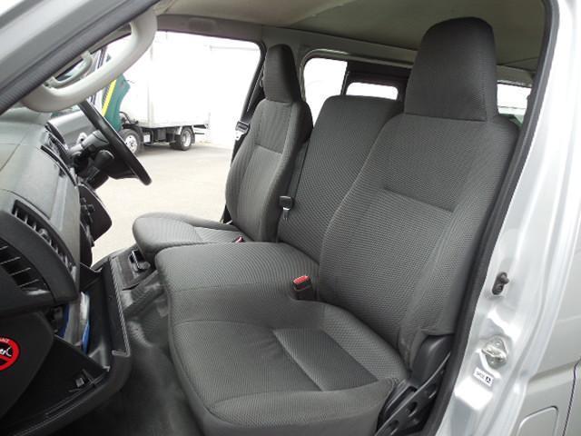 ロングDX 4D3.0ディーゼルターボ4WD寒冷地仕様3列シート9人乗りリアヒーター(24枚目)