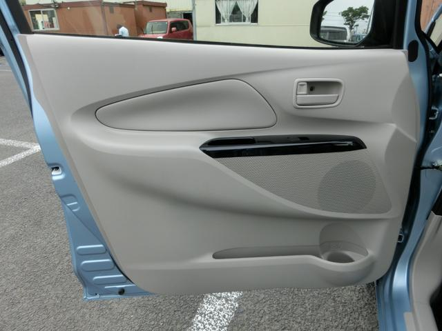 E 横滑り防止 シートヒーター 純正オーディオ ヘッドライトレベライザー 電格ドアミラー グ-鑑定車 外装5 内装5 1年ロング保証付き(20枚目)