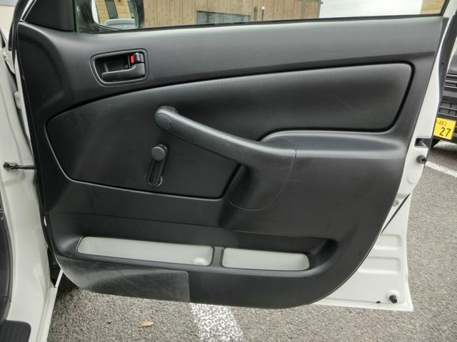 U 4WD ETC 電格ドアミラー 横滑り防止 ヘッドライトレベライザー グ-鑑定車 外装4 内装4 1年ロング保証付き(21枚目)