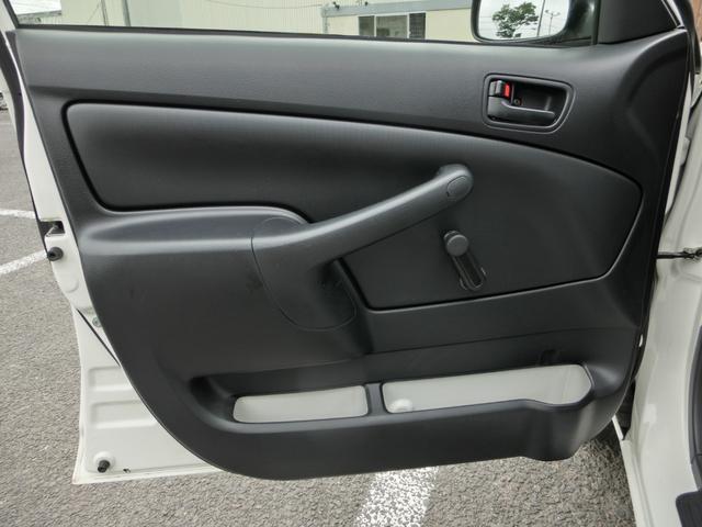 U 4WD ETC 電格ドアミラー 横滑り防止 ヘッドライトレベライザー グ-鑑定車 外装4 内装4 1年ロング保証付き(22枚目)