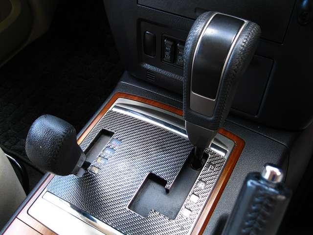 三菱 パジェロ 3.2 ロング エクシード ディーゼルターボ 4WD