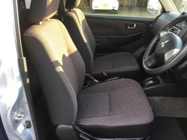 660エクシード4WD寒冷地ルーフレールキーレスシートヒータ(8枚目)