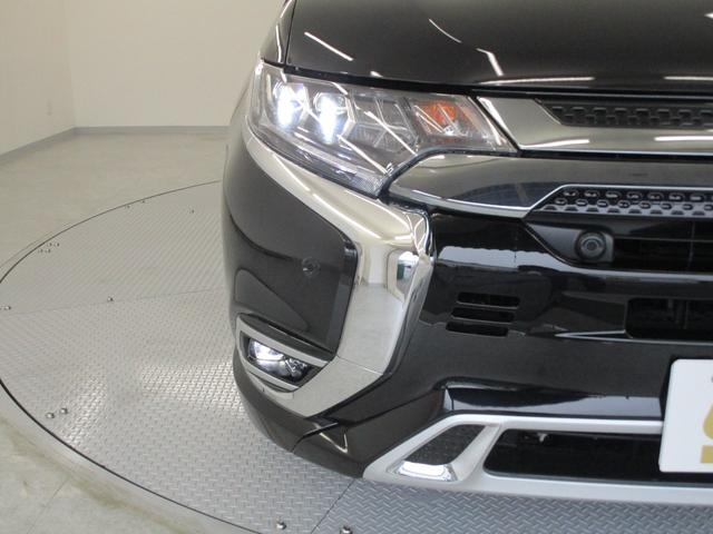 Gプラスパッケージ 4WD/試乗車/駆動用バッテリー94.7%/電気温水式ヒーター/サンルーフ/純正8型スマホ連携ナビ/マルチアラウンドビュ/AC1500W/車両検知警報/パワーシート/三菱リモートコントロール/サポカー(32枚目)