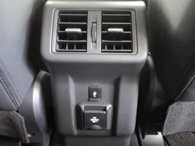 Gプラスパッケージ 4WD/試乗車/駆動用バッテリー94.7%/電気温水式ヒーター/サンルーフ/純正8型スマホ連携ナビ/マルチアラウンドビュ/AC1500W/車両検知警報/パワーシート/三菱リモートコントロール/サポカー(66枚目)