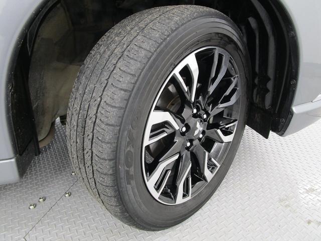 Gナビパッケージ 4WD/AC1500W電源/衝突被害軽減ブレーキ/全方位カメラ/後期モデル/レーダークルコン/三菱リモートコントロール/駆動用バッテリー79%/車両状態評価書4.5点/運パワーシート/電動リヤゲート(63枚目)