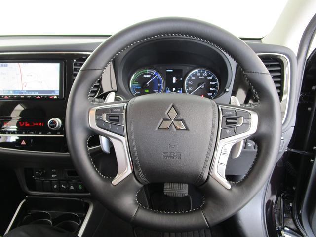 G 4WD試乗車/7.7型クラリオンナビ/後側方車両検知警報・レーンチェンジアシスト・後退時車両検知警報/AC100V電源1500W/禁煙/三菱リモートコントロール/残存率107%/車両状態評価書4.5点(41枚目)