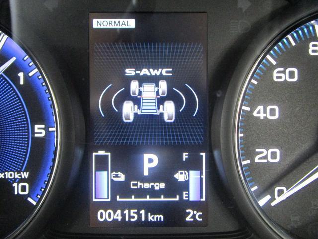 G 4WD試乗車/7.7型クラリオンナビ/後側方車両検知警報・レーンチェンジアシスト・後退時車両検知警報/AC100V電源1500W/禁煙/三菱リモートコントロール/残存率107%/車両状態評価書4.5点(65枚目)