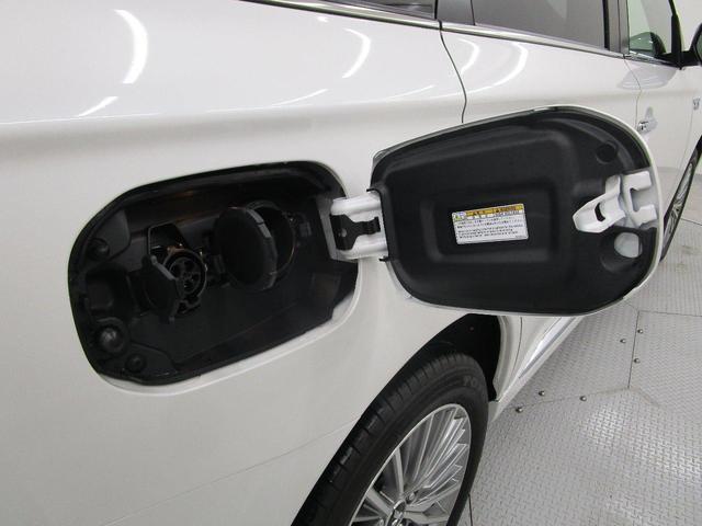 G /サンル-フ/電気温水式ヒーター/11型アルパインメモリーナビ・全周囲カメラ/後側方車両検知警報システム/AC100V電源/駆動用バッテリー残91.7%/車両状態評価書4.5点/3年間プレミアム保証(34枚目)