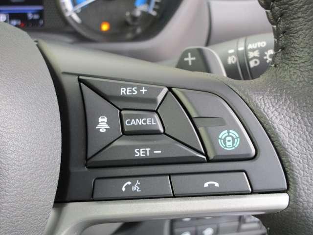 T 4WD/タ-ボハイブリッド/安全運転支援(被害軽減ブレーキ・車線逸脱警報・高速道路同一車線運転支援・先進ライト・アダプティブクルーズコントロール)/両側電動(オートスライドハンズフリー)/届出済未使用(13枚目)
