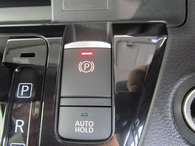 T 4WD/タ-ボハイブリッド/安全運転支援(被害軽減ブレーキ・車線逸脱警報・高速道路同一車線運転支援・先進ライト・アダプティブクルーズコントロール)/両側電動(オートスライドハンズフリー)/届出済未使用(17枚目)