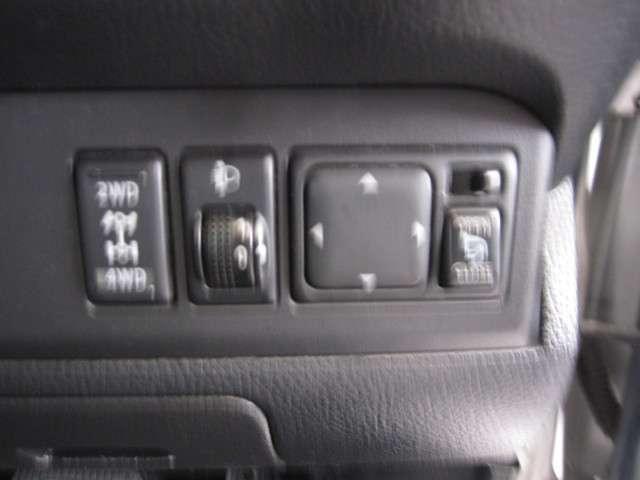 15S FOUR Vリミテッド 4WD ナビTV Bカメラ(15枚目)
