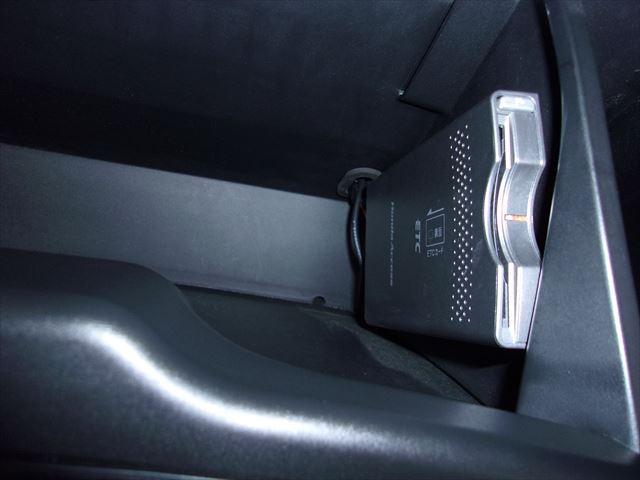 ZS HDDナビパッケージ バックカメラ オートライトETC(10枚目)