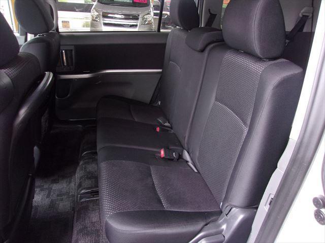 トヨタ アイシス プラタナブラックリミテッド 外SDナビ 片側電動スライドドア