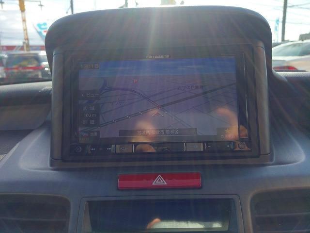 TV ナビの切り替えも付いてます ドライブに最適な装備が付いているので運転も楽しくなりますよ。
