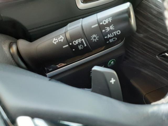 アブソルート 1オーナー車 純正インターナビ フルセグTV バックカメラ ブルートゥース 両側電動スライドドア フリップダウンモニター 衝突軽減ブレーキ クルコン パドルシフト LEDライト オートライト ETC(11枚目)