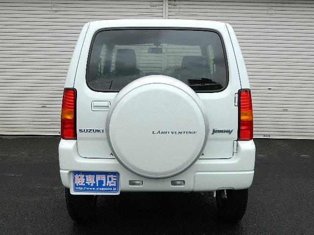 スズキ ジムニー 特別仕様車 ランドベンチャーターボ 届出済未使用車 4WD