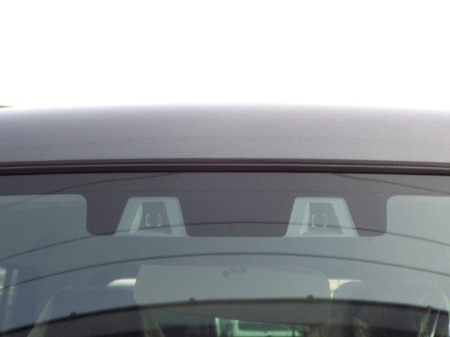 衝突被害軽減ブレーキのデュアルカメラブレーキサポート付き!