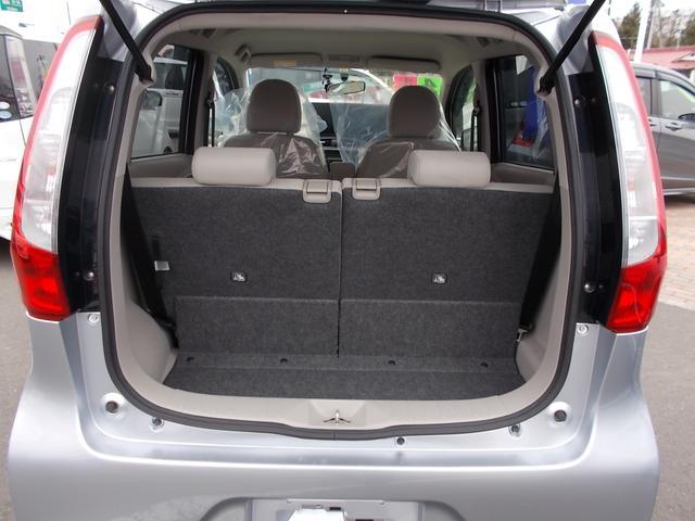 M CDチューナー オートエアコン キーレスエントリー アイドリングストップ シートヒーター 社外14インチアルミホイル 4WD(11枚目)