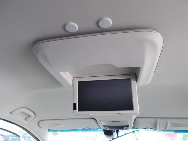 アブソルート 純正インターナビTV リアカメラ LEDヘッドライト フォグライト 後席モニター 両側パワースライドドア スマートキー 純正17インチアルミホイル 4WD(14枚目)