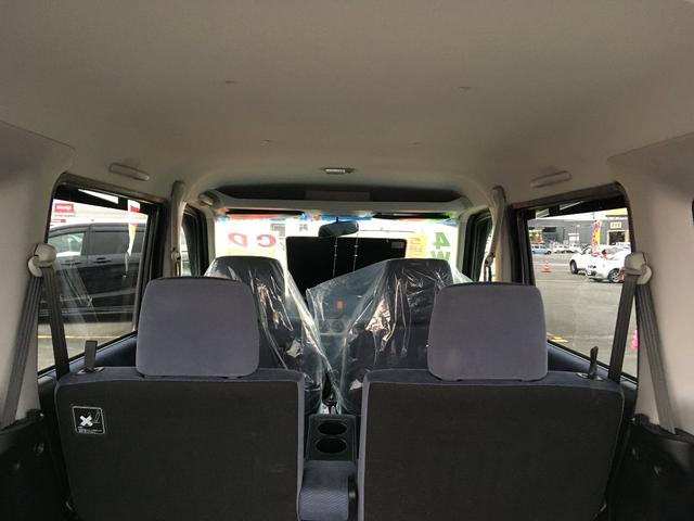 M 5速マニュアル・Wエアバッグ 社外13インチアルミホイル 両側スライドドア キーレスエントリー タイミングベルト交換済み 4WD(10枚目)