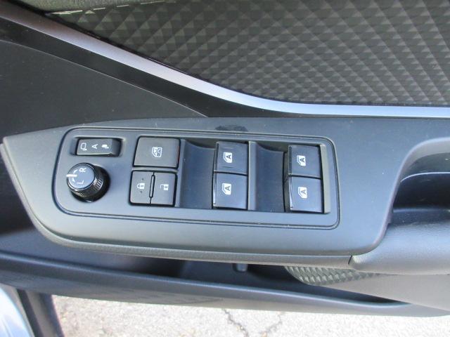 「トヨタ」「C-HR」「SUV・クロカン」「山形県」の中古車18