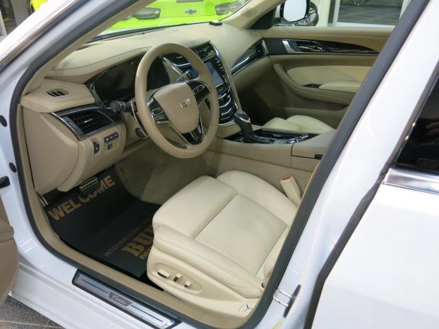 プレミアム AWD 1オナ ナビDTV 2年延長保証加入車(10枚目)
