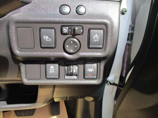 1.2 e-POWER X 当社使用社有車UP アラウンドビュー(11枚目)
