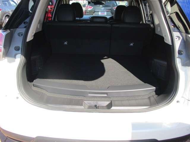 2.0 20X ハイブリッド エマージェンシーブレーキパッケージ 4WD メーカーナビ オートバックドア(13枚目)
