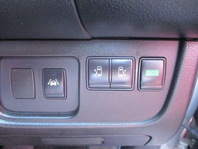 2.0 ハイウェイスター Vセレクション+Safety S-HYBRID LED メモリーナビ バックカメラ(6枚目)
