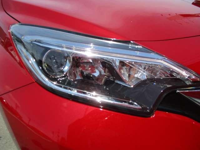 X ブラックアロー メモリーナビ 夏タイヤ新品交換済 LEDヘッドライト 衝突軽減ブレーキ 踏み間違い防止装置 ワンオーナー(10枚目)