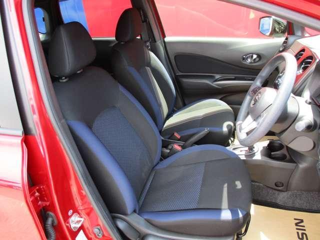 X ブラックアロー メモリーナビ 夏タイヤ新品交換済 LEDヘッドライト 衝突軽減ブレーキ 踏み間違い防止装置 ワンオーナー(14枚目)