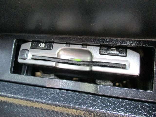 ハイブリッドGi メモリーナビ バックカメラ 夏タイヤ新品交換済 両側オートスライドドア LEDヘッドライト シートヒーター(13枚目)