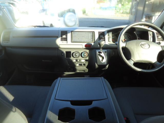 トヨタ レジアスエースバン 9人乗り ロングDX 4WD  ナビ ETC リアヒーター