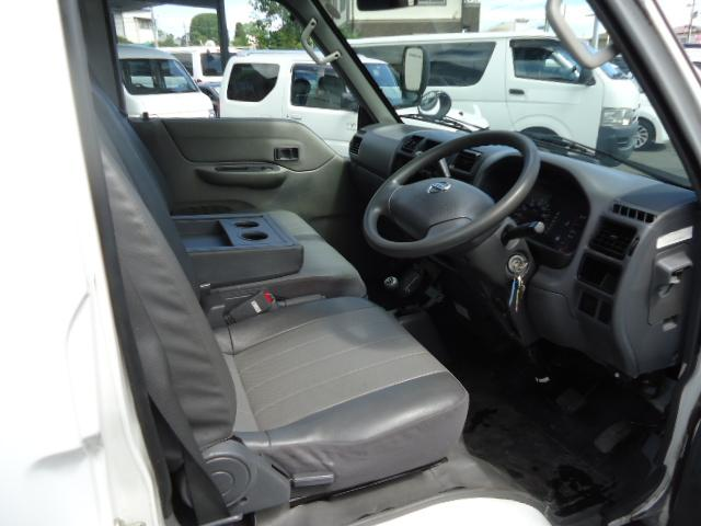 日産 バネットバン DX 4WD 6人乗り