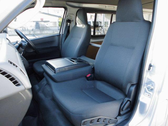 トヨタ レジアスエースバン 5ドア4WDロングDX GLパッケージ 6人乗り