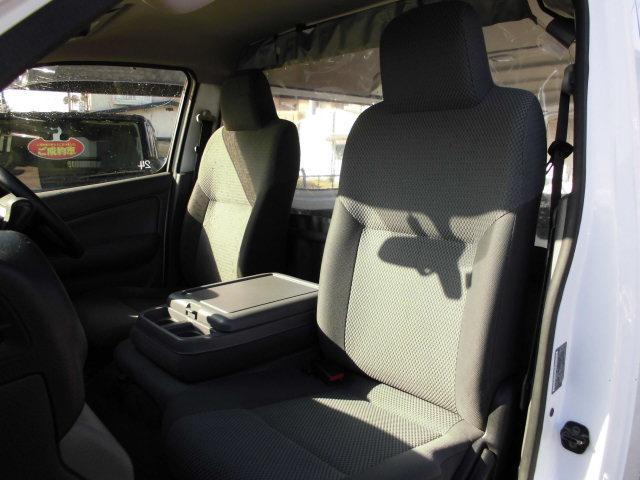 日産 NV350キャラバンバン 5ドア ロングDX4WDターボ